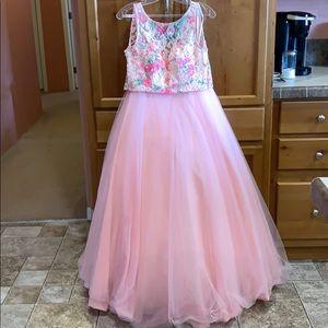 Dresses & Skirts - Morilee Madeline Gardner prom dress.